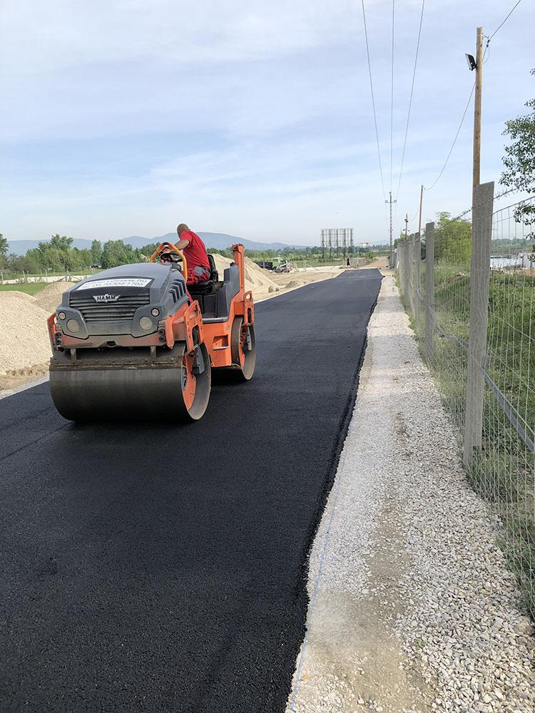 Lupa-tó belső úthálózat kiépítése